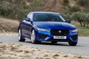 Фото Jaguar XE 2020
